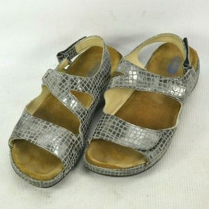 Wolky Reptile Print Walking Sandals Shoes Womens 9